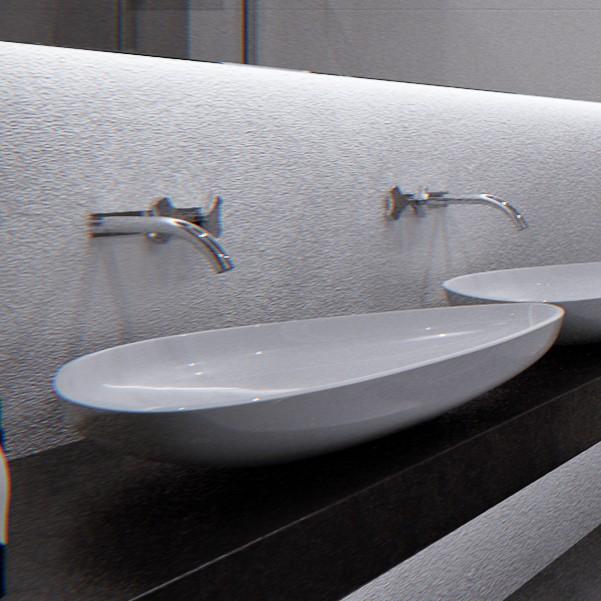 Black & White bathroom.